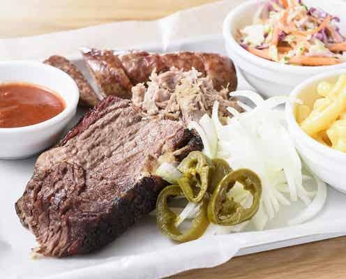 テキサスBBQレストラン「LOW & SLOW」日本初上陸 柔らかジューシーなお肉にやみつき