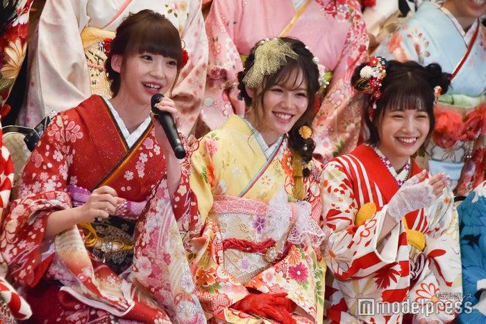荻野由佳の回答にメンバー笑い/AKB48グループ成人式記念撮影会 (C)モデルプレス