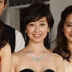 モデルプレス - 黒川智花、セクシードレスで美バストあらわ 六本木の元No.1キャバ嬢に