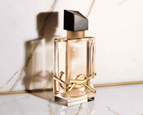 柔らかくも、情熱的な香り。「イヴ・サンローラン」からオーデトワレが新登場。