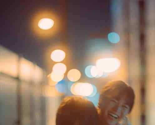 """岡崎紗絵、写真集を脚本家書下ろしの""""恋愛ドラマ仕立て""""に「夜の公園や歩道橋のシーンは特にドキドキ」"""