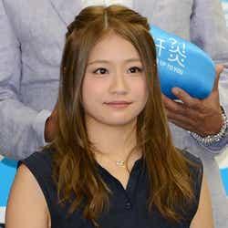 イベントに共に出席したAKB48島田晴香