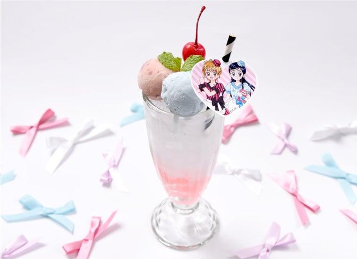 もっとバリバリ!なぎさとほのかのクリームソーダ1,090円(税抜)(C)ABC-A・東映アニメーション