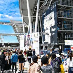 「第25回 東京ガールズコレクション2017 AUTUMN/WINTER」会場外観 (C)モデルプレス