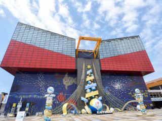西日本初の海鳥に会える?世界最大級!大阪・海遊館の楽しみ方