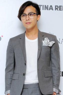 入隊中BIGBANG・G-DRAGON、手術のため入院と報道