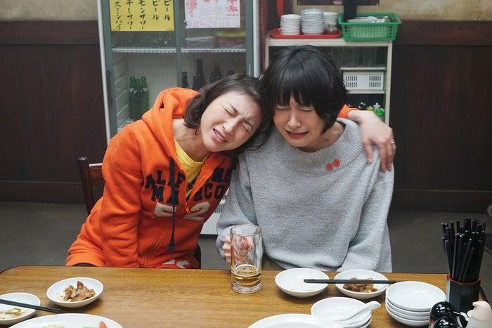 新垣結衣、広末涼子/劇中カット(C)2017『ミックス。』製作委員会