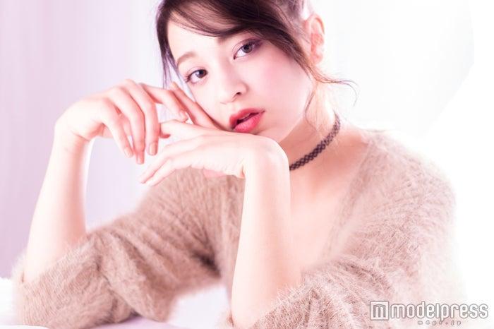 雑誌「S Cawaii!」専属加入のハーフ美女・日向カリーナ
