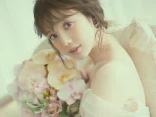 """弘中綾香アナ、人生初ウエディングドレスで""""あざと可愛い花嫁""""に 理想の結婚相手は?"""
