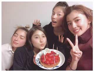 土屋太鳳、朝比奈彩ら「チア☆ダン」メンバーからサプライズ誕生日「会えない人も ずっと想ってるよ」