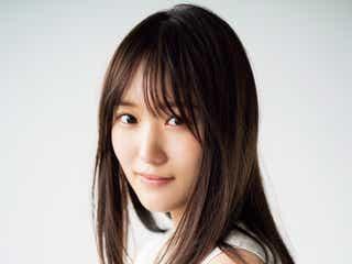 欅坂46菅井友香、緊急撮り下ろしグラビアで美肌際立つ