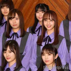 (下段左から)山下美月、与田祐希(中段左から)新内眞衣、佐藤楓(上段左から)中村麗乃、岩本蓮加 (C)モデルプレス