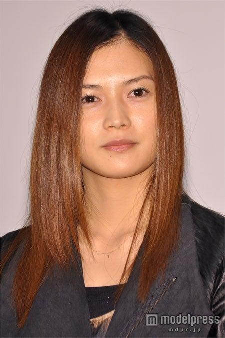 yui (C)モデルプレス