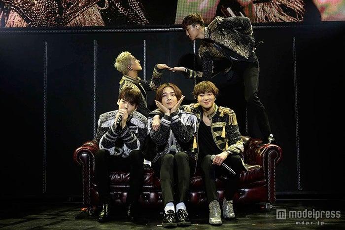 「WINNER JAPAN TOUR 2015」より