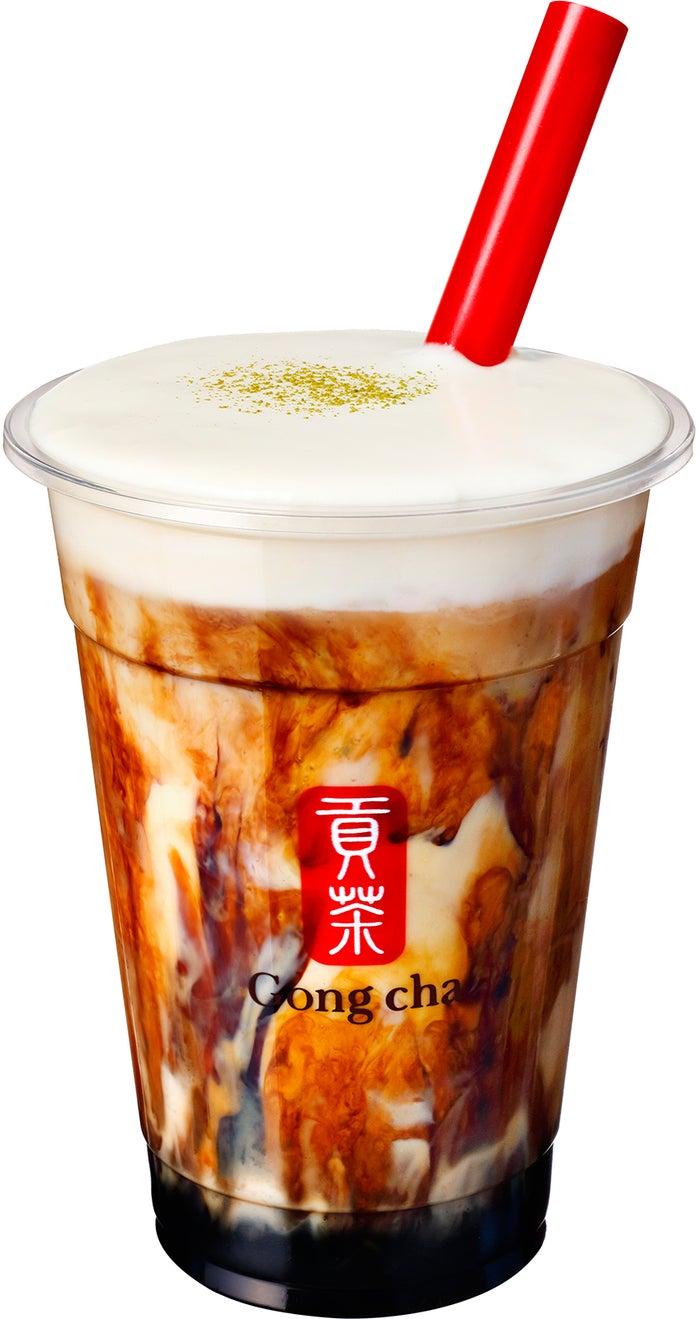 黒糖ミルク ブラックティー+ミルクフォーム ¥590/画像提供:ゴンチャ ジャパン