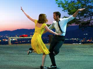 赤西仁「実際に起こりうる恋愛の背景をリアルに描いている」映画「ラ・ラ・ランド」の魅力とは