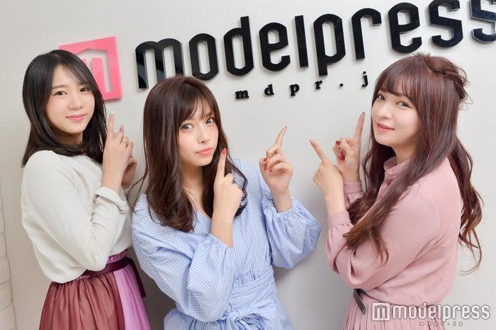 (左から)齋菜津美さん、橘ひろなさん、船木沙織さん(C)モデルプレス