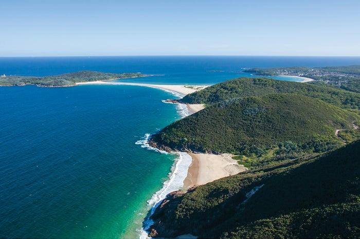 美しいビーチが広がり、たくさんのアクティビティ、癒し、贅沢が待つポートスティーブンス/Destination NSW