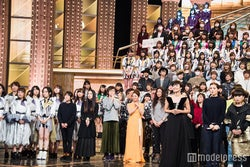 SMAP、嵐、AKB48ら全51組の出演者が顔合わせ<紅白リハ2日目>