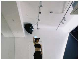 IZ*ONEチェヨン&イェナ、美しすぎるくびれが話題「練習室でもパーフェクト」