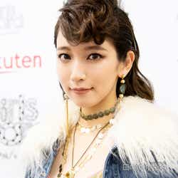 モデルプレス - 吉岡里帆「変わり続けたい」初の歌声披露の反響は?最新の美容法も明かす<モデルプレスインタビュー>