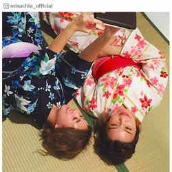 モデルプレス - AAA宇野実彩子&伊藤千晃、浴衣姿の添い寝ショット公開に「色っぽい」「可愛すぎ」の声