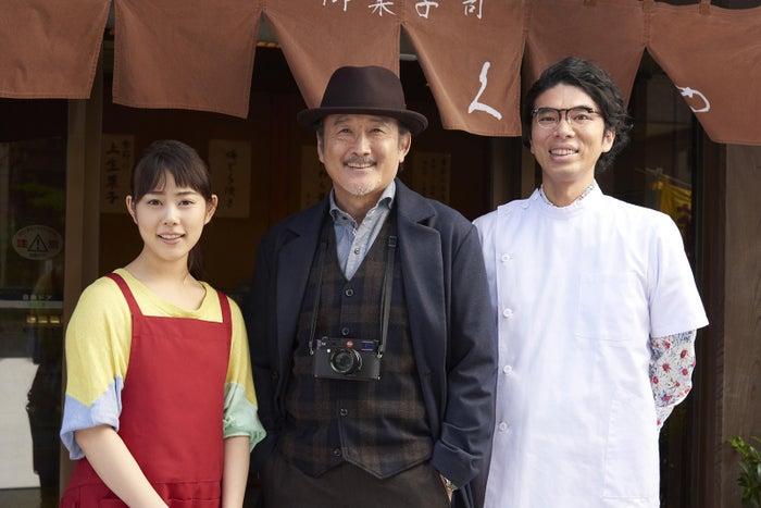 (左から)高畑充希、吉田鋼太郎、片桐仁(C)テレビ東京