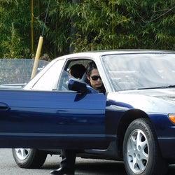 """『ネメシス』""""ユージ""""中村蒼、第2話""""あるシーン""""の撮影中ショットに期待の声!!「とてもかっこいい」 「安全運転でお願いしますね!」「ドキドキしながら観ます(笑)」「運転シーン、楽しみ」 「どんなハンドル捌きなんだろう~ってとっても楽しみ」"""