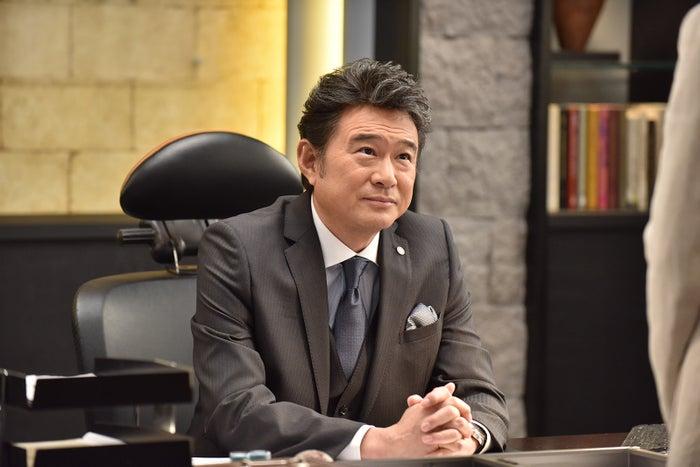 船越英一郎/「Missデビル 人事の悪魔・椿眞子」第1話より(C)日本テレビ