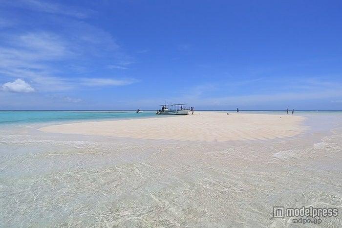 鹿児島・ヨロン島/砂紋と呼ばれる砂のうねりは世界的にも珍しい