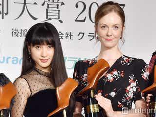 """土屋太鳳&シャーロット・ケイト・フォックス、朝ドラヒロインが再会 """"約束""""交わす"""