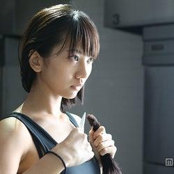 AKB48メンバー、自慢のロングヘアを決意のバッサリカット
