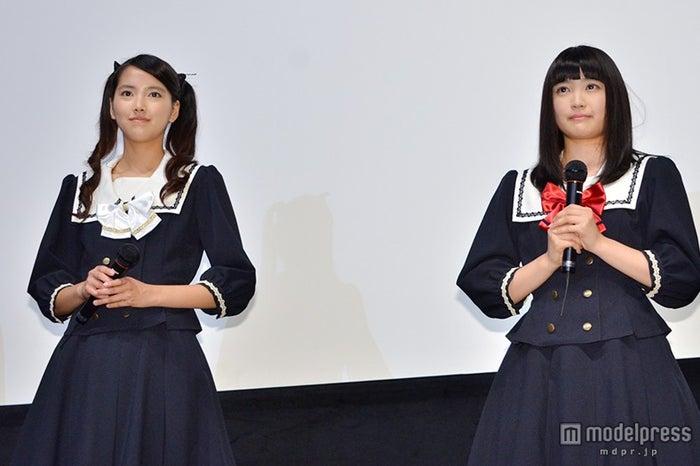 (左から)竹富聖花、 柏木ひなた