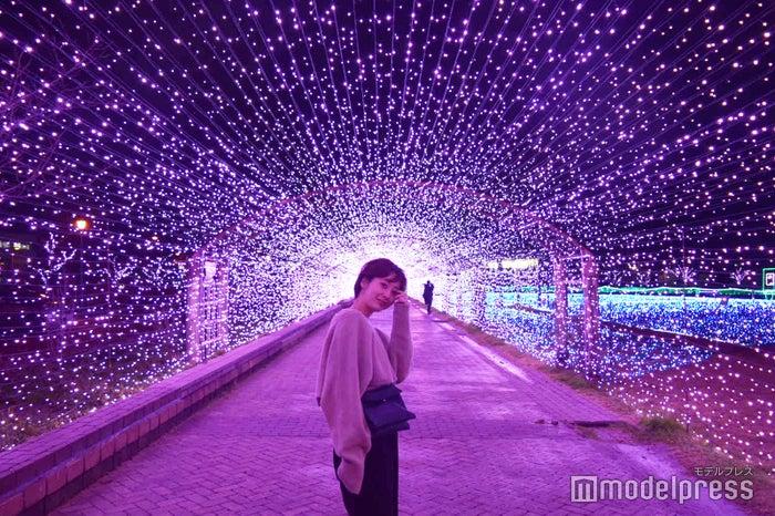 約70m光のアーチが続く、敦賀港イルミネーション「ミライエ」。ライトアップのエネルギー源は、地元市民から回収した廃食油でつくられたバイオディーゼル燃料からまかなっているのだとか!(C)モデルプレス
