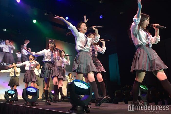 一昨年「女子高生ミスコン2016‐2017」全国ファイナル審査の様子 (C)モデルプレス