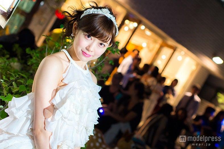 渡辺美優紀、FNOでウェディングドレス姿を披露/KEITA MARUYAMA 青山本店【モデルプレス】
