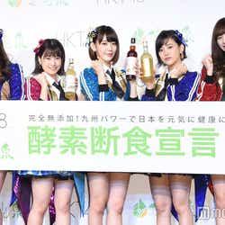 (左から)森保まどか、朝長美桜、宮脇咲良、兒玉遥、坂口理子 (C)モデルプレス