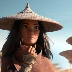 少女・ラーヤ、クールな眼差しと影のある表情.......ディズニー最新作『ラーヤと龍の王国』新場面写真解禁