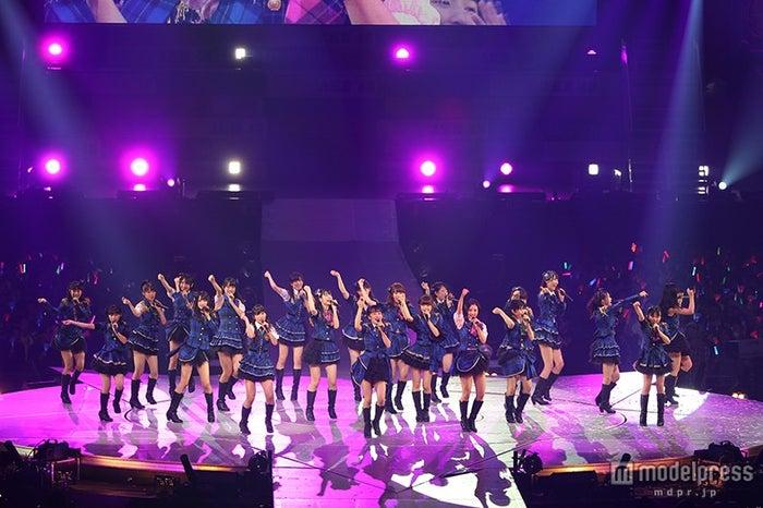 HKR48、さいたまスーパーアリーナにて単独公演「春コン」を開催(C)AKS