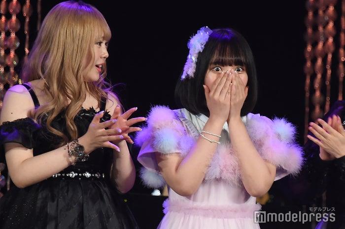 目を丸くして驚く矢作萌夏/「AKB48グループ歌唱力No.1決定戦」決勝大会 (C)モデルプレス