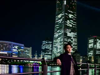 中村倫也「恋あた」スーツ姿でのお茶目ショットに「ギャップがすごい」「可愛い」の声
