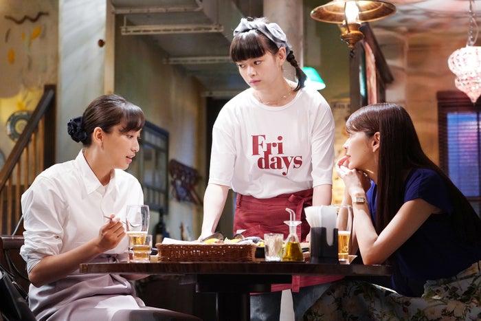 杏、夏子、田中道子/「偽装不倫」(C)日本テレビ
