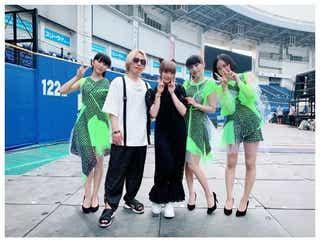 """きゃりー&Perfume&中田ヤスタカ、""""中田ファミリー""""集結に「レアショット」と反響"""