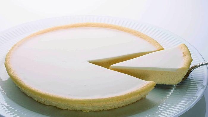 チーズケーキ「日瑠華(ニルバーナ)」¥500(税抜)/カット(提供画像)