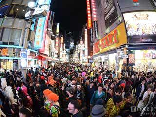 <ハロウィン>渋谷大パニック、コス集団が大量集結で熱狂