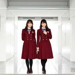 モデルプレスのインタビューに応じた、衛藤美彩(左)、深川麻衣(右)