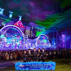 「ユニバーサル・クリスタル・クリスマス」開幕セレモニーに参加した関ジャニ∞/画像提供:ユー・エス・ジェイ