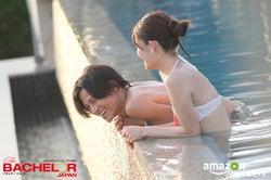 【バチェラー10話】泡風呂にプール、カラダの密着タイム…ラストデート後の「俺はみんなのことが大好き」発言が切ない