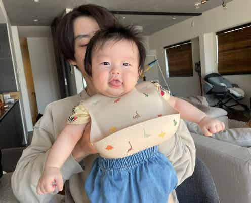 あいのり・桃、初めて離乳食を口にした息子「食べてる姿、可愛すぎ」