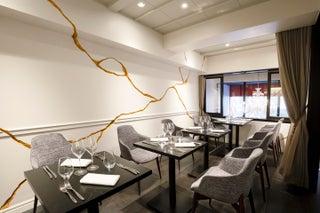 パリ人気キャビアレストラン日本上陸、東京・赤坂に1号店オープン